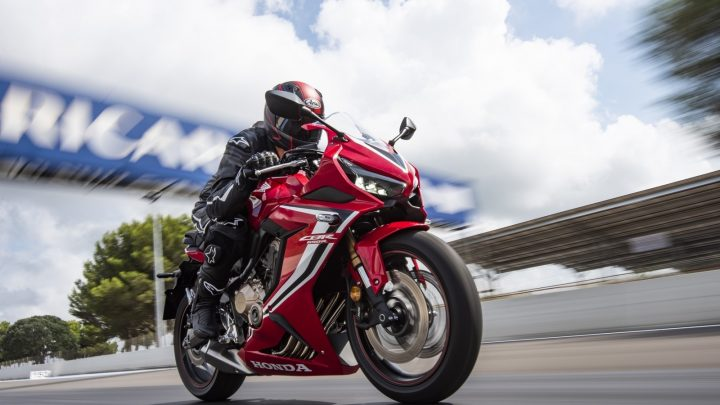 เปิดตัวสายฟ้าแล่บ Honda CBR650R 2019 อัดออพชั่นสุดแจ่ม
